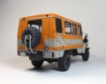 Конверсия 1/35 Урал-42116 вахтовый автобус (Trumpeter)