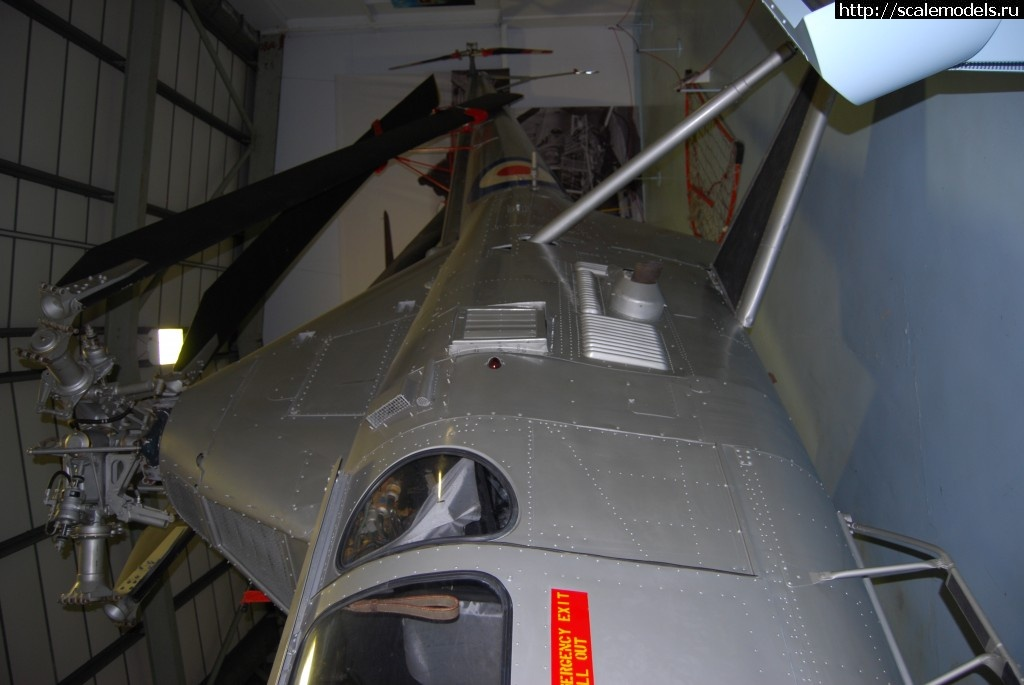 Walkaround Westland Dragonfly, Royal Navy Fleet Air Arm Museum, Yeovilton, Somerset, UK Закрыть окно