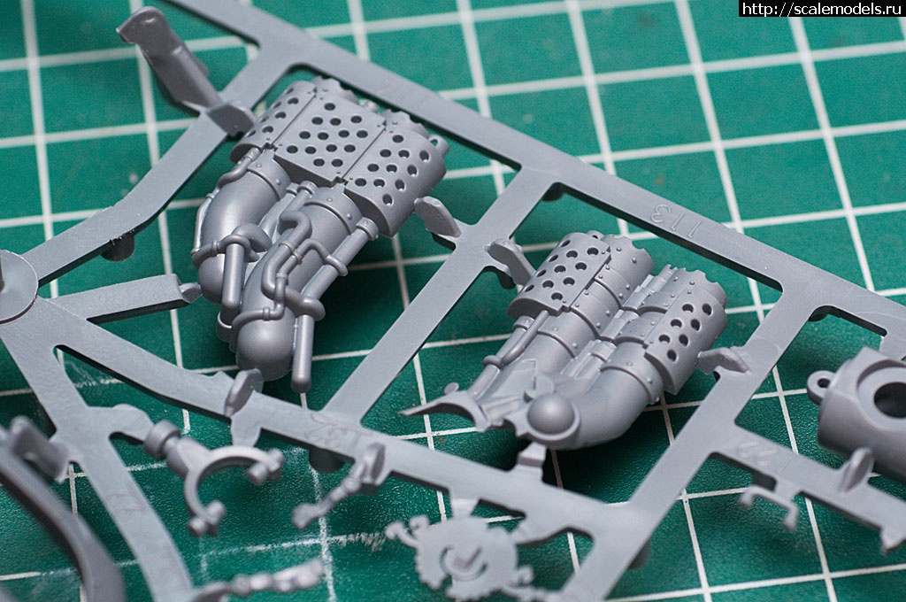 #1302034/ GamesWorkshop Imperial Knight (Warhammer 40k) - готово Закрыть окно