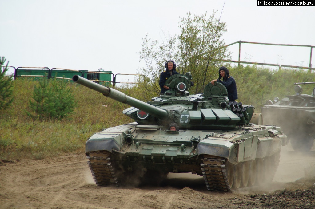 Walkaround Т-72 после пробега по полигону и стрельбы. Закрыть окно