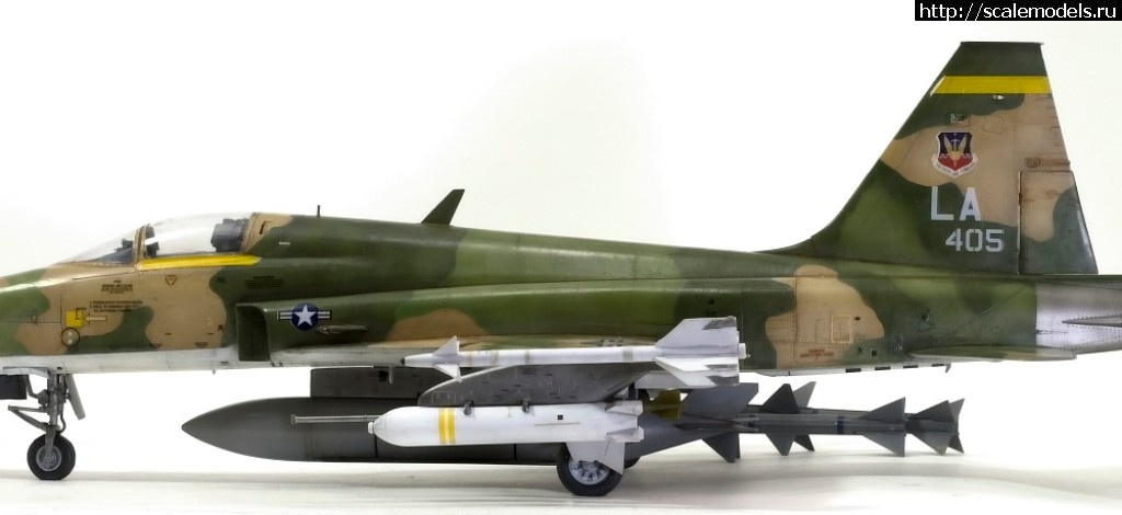 KittyHawk 1/32 Northrop F-5E Tiger II(#12447) - обсуждение Закрыть окно