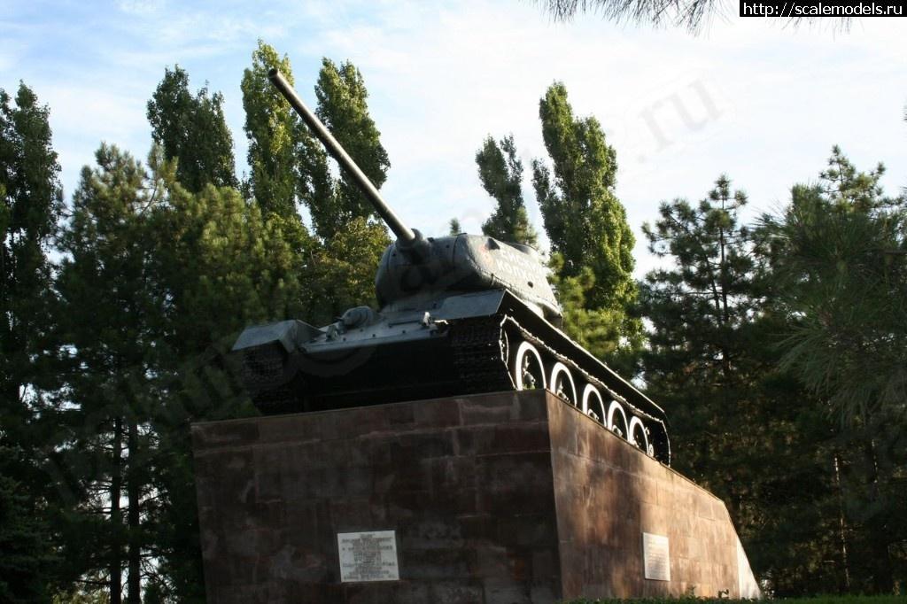 Walkaround средний танк Т-34-85 Ейский колхозник, Ейск, Краснодарский край, Россия Закрыть окно