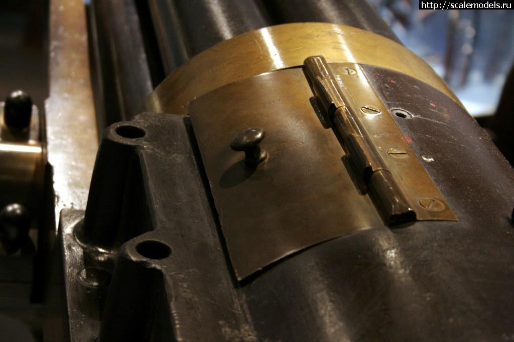 Walkaround 37-мм револьверное орудие Hotchkiss, Тульский оружейный музей, Тула, Россия Закрыть окно