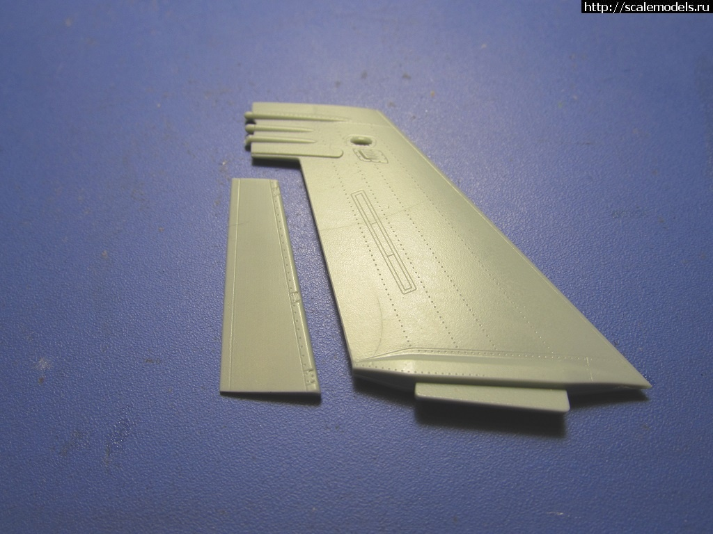 #1569787/ F/A-18F Super Hornet 1/72 Academy 'Jolly Rogers' Закрыть окно