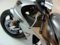 Tamiya 1/12 Yamaha YZF-R1 с девушкой пилотом Legend