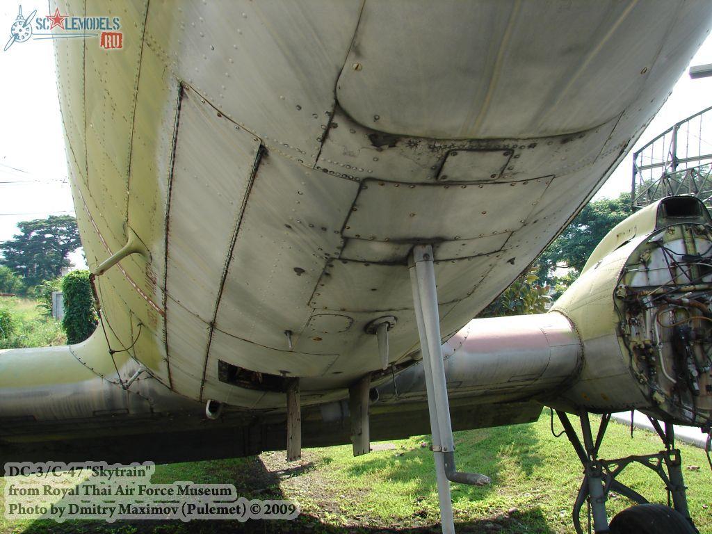 DC-3/C-47 Skytrain (Royal Thai Airforce Museum) : w_dc3_thai : 21690