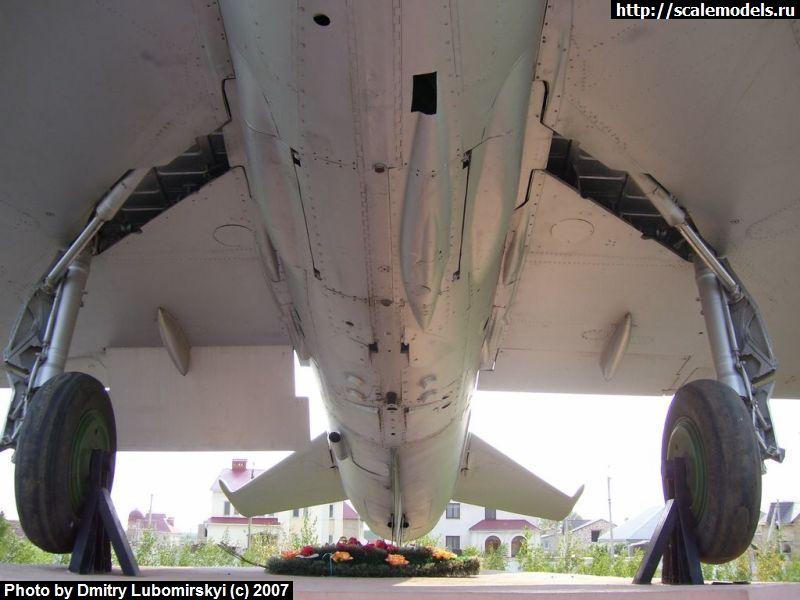 МиГ-21УМ : w_mig21um_u : 3372