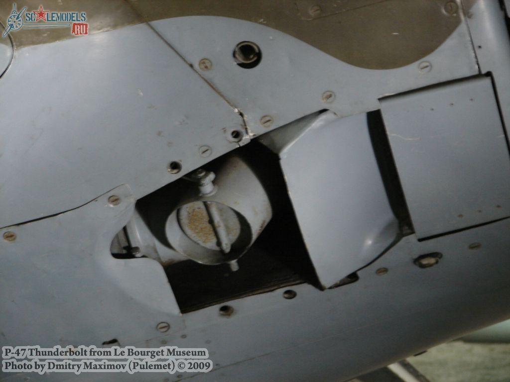 P-47 Thunderbolt (Ле-Бурже) : w_p47_lebourget : 11835